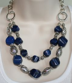 Huge Chunky Cobalt Blue Jade Statement Necklace di 123Gemstones