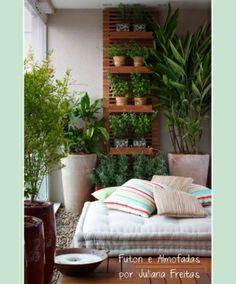 Fabulous DIY Patio ideas that will definitely inspire you Balcony Plants, Balcony Garden, Backyard Patio Designs, Diy Patio, Patio Ideas, Landscaping Ideas, Garden Ideas, Jardim Vertical Diy, Vertical Garden Design