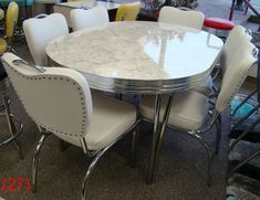 COOL Retro Dinettes Style Canadian Made Chrome Sets is part of Retro kitchen tables - Retro Table And Chairs, Retro Kitchen Tables, Retro Dining Rooms, Retro Dining Table, Diner Table, Vintage Kitchen, Retro Kitchens, High Chairs, Kitchen Chairs