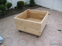 Vegetable planter box DIY inspiration from T-Bone | Stark Insider
