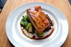 Hardly Housewives: Brown Sugar Glazed Chilean Sea Bass. I LOVE Chilean Sea Bass, and they have it at Whole Foods now! Fish Recipes, Seafood Recipes, Cooking Recipes, Recipies, Seafood Meals, Meal Recipes, Asian Recipes, Seafood Dishes, Fish And Seafood