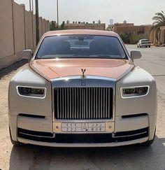 Luxury Sports Cars, Top Luxury Cars, Sport Cars, Voiture Rolls Royce, Rolls Royce Cars, Rolls Royce Limousine, Lux Cars, Rolls Royce Phantom, Rolls Royce Wraith