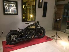 Indian Bobber, Indian Motorbike, Indian Motorcycles, Cool Motorcycles, Indian Dark Horse, Indian Scout Sixty, Car Goals, Custom Bikes, Helmets