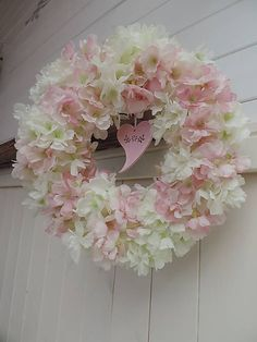 Clarah / Jarný veniec- jabloňové kvety Floral Wreath, Wreaths, Decor, Floral Crown, Decoration, Door Wreaths, Deco Mesh Wreaths, Decorating, Floral Arrangements