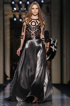Versace Atelier Haute Couture Spring Summer 2014 Paris - NOWFASHION Strips and Black