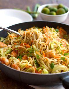 f0o0od: nouilles sautées aux crevettes et légumes