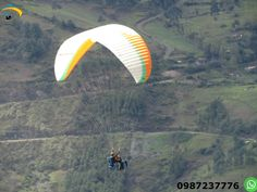 Paragliding Cuenca Ecuador Come and fly paragliding in Paute for 12 to 15 minutes and enjoys the adrenaline sport with certified instructors and experiences.