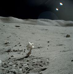 Apollo 17 Hasselblad image from film magazine - Nasa Missions, Moon Missions, Apollo Missions, Space Planets, Space And Astronomy, Nasa Space, Sistema Solar, Apollo Space Program, Nasa History