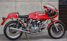 Ducati MHR 900 | RocketGarage Cafe Racer