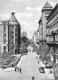 Warszawa - ulica Jasna (lata 30-te).