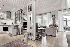 Door Design Interior, Kitchen Interior, Room Interior, Interior And Exterior, New England Style, Compact Living, Open Plan Living, Beautiful Interiors, Girl Room