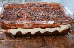 Ricetta per preparare tiramisù con birra e cioccolato ovvero il birramisù.  http://matrioskadventures.com/2015/01/31/tiramisu-da-guinness-con-cioccolato-e-birra-ricetta-birramisu/