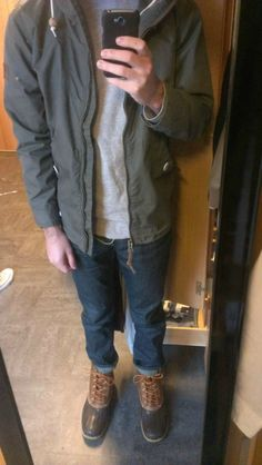 Ideas Duck Boats Outfit Winter Shoes For 2019 Bean Boots Outfit, Bean Boots Men, Ll Bean Duck Boots, Ll Bean Men, Men's Boots, Boating Outfit, Casual Winter Outfits, Outfit Winter, Fall Outfits