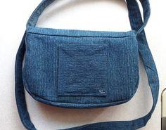 Bélelt farmer táska leírással, szabásmintával 118 Fanny Pack, Bags, Fashion, Hip Bag, Handbags, Moda, Fashion Styles, Waist Pouch, Fashion Illustrations