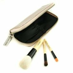Copper Diamond Mini Brush Set (Unboxed): Face Blender Brush+ Eye Shadow Brush+ Eye Liner Brush+ Case by Bobbi Brown - 12033826514 by Bobbi Brown. $75.00. Size - 3pcs+1case. Copper Diamond Mini Brush Set ( Unboxed ): 1x Face Blender Brush 1x Eye Shadow Brush 1x Eye Liner Brush 1x CaseThe quality of this unboxed item will be as fresh and genuine as the original packing