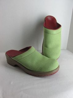 bd17bb51a Sanita Green Canvas Clogs Shoes 39 8 5 9 Womens Red Soles Comfort