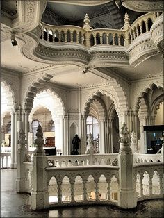 Museum of Applied Arts / Budapest, Hungary