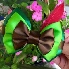 milanbenton on Etsy Disney Hair Bows, Fancy Bows, Disney Colors, Mickey Ears, Minnie Mouse, Disney Diy, Hair Ornaments, Disney Inspired, Hair Pins