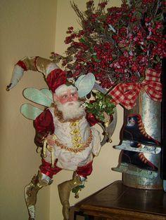 Mark Roberts Christmas Elf, All Things Christmas, Mark Roberts Fairies, Faeries, Elves, Holiday Ideas, Angels, Fairy, Santa