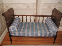 French Directoire day bed early 1800's walnut hand made carved