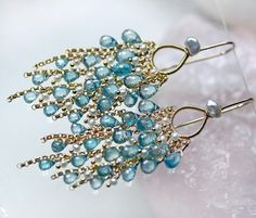 Gorgeous Zircon earrings by the lovely Catherine of Modeste Parisienne on etsy Beaded Earrings, Beaded Jewelry, Diamond Initial Necklace, Ideas Joyería, Beads And Wire, Turquoise Earrings, Beautiful Earrings, Handcrafted Jewelry, Jewelry Crafts