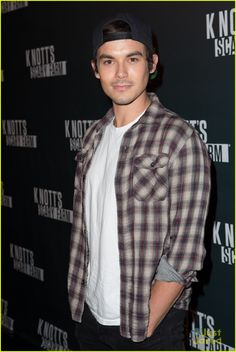Tyler Blackburn at Knott's Scary Farm VIP Opening