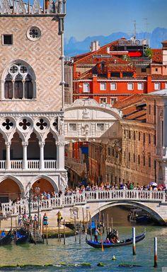 Stadtansicht Lagunenstadt Venedig, Italien #urlaub #reisen #städtereise #italien #vamosreisen