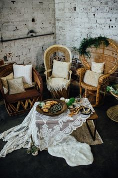 Balcony cosy corner | Bohemian Living Rooms Apartment Therapy Hippie hippy bohemian boheme gyspsy dream cosy relaxation spa free spirit good vibes vibe fleur scent romantic decoration accent yoga yogi boho wooden seating area pillows accents interior design home styling