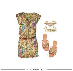 Macaquinho estampado + Pulseiras douradas + Sandália rasteira com pedrarias #moda #look #outfit #ootd #shop #loja #compreonline #estratosfera #macaquinho #bijoux #rasteirinha #sandália #verão #lnl #looknowlook