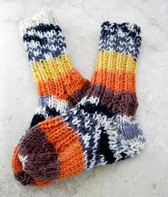 fun baby socks hand knitted,  3-6 months by handmadefuzzy, $9.50 USD