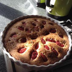 Sam's Foody bloggy: Strawberry torte cake