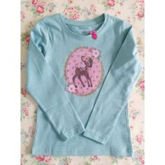 T-shirtje blauw/groen lange mouw met bambi. Maat 98/104