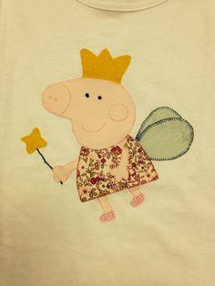 Camiseta con aplicación de Peppa Pig
