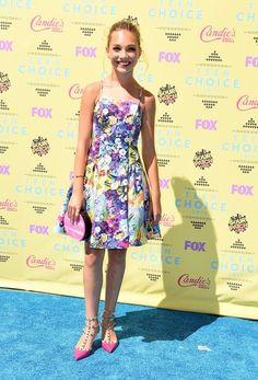 Maddie Ziegler at the 2015 Teen Choice Awards