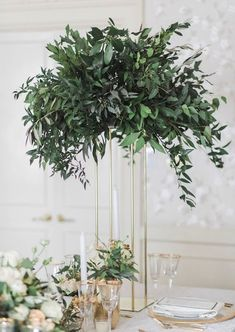 Nice 65+ Simple Greenery Wedding Centerpieces Decor Ideas https://bitecloth.com/2018/01/26/65-simple-greenery-wedding-centerpieces-decor-ideas/ #weddingdecoration