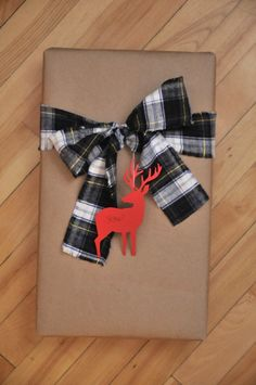Butcher paper + plaid = perfect