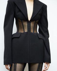 Mugler corset jacket from the collection. Runway Fashion, High Fashion, Fashion Show, Womens Fashion, Fashion Trends, Spring Fashion, Mode Outfits, Fashion Outfits, Looks Dark