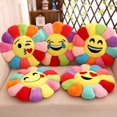Cojines Creative Flower Chair Seat Cushions Pillow Home Decor For Sofas, Fashion Emoji Pillow Cushion Pad Smiley Emoticon Cushion We Offer The Poss. Cute Cushions, Cute Pillows, Baby Pillows, Seat Cushions, Throw Pillows, Baby Bedding, Bedding Sets, Pillow Crafts, Patchwork Cushion