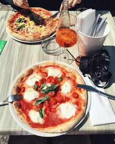 Wo man in Wien die beste Pizza genießt – Teil 1 Restaurant Bar, Pizza, Ethnic Recipes, Food, Restaurants, Italian Cuisine, Food Food, Voyage, Tips