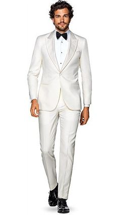 Wedding Suits Men White Bridal Parties Ideas For 2019 White Tuxedo Wedding, Groom Tuxedo Wedding, White Bridal, Wedding Suits, Wedding Tuxedos, Wedding Attire, Wedding Bride, Dream Wedding, Wedding Dresses