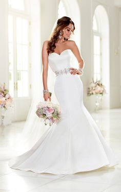Sexy sweetheart neckline wedding dress featuring a Dolce Satin fit-and-flare silhouette. Exclusive designer wedding dresses from Stella York.