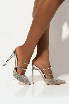 Discover recipes, home ideas, style inspiration and other ideas to try. Stiletto Pumps, Pumps Heels, Arch Support Shoes, Mens Shoes Sale, Navy Blue Heels, Prom Heels, Fashion Heels, Emo Fashion, Black Running Shoes