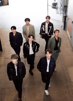 BTS for Japanese magazine Anan Bts Taehyung, Bts Bangtan Boy, Bts Jimin, Namjoon, Foto Bts, Boy Scouts, Jung Hoseok, Kpop, Park Jimim