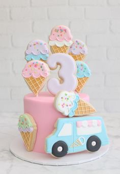 ellenJAY is a boutique bakery tucked in a charming cottage in Midtown Mobile, Alabama. Ice Cream Cone Cake, Ice Cream Cupcakes, Ice Cream Theme, Ice Cream Birthday Cake, Ice Cream Cookies, Ice Cream Party, Birthday Cookies, Sugar Cookies, Torta Candy