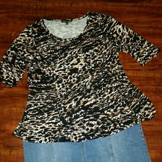 XL Cable & Gauge shirt NWOT Black and brown print shirt 95% viscous 5% spandex.   New never worn Cable & Gauge Tops Blouses