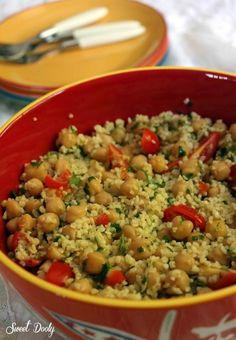Salad Recipes, Cake Recipes, Vegan Recipes, Cooking Recipes, Israeli Food, Good Food, Yummy Food, Cabbage Salad, Fried Rice