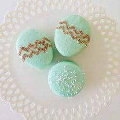Sweet & Saucy Easter macaroons