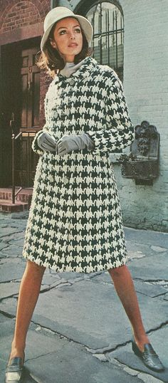 Vintage 1960s Hounddtooth Coat Crochet Pattern PDF  -this may just have to be my next project!