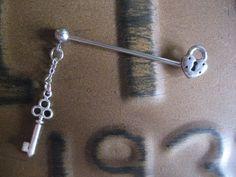 Lock & Key Industrial Barbell Piercing Bar 14 Gauge Skeleton Key Charm Chain Dangle Earring Ear Jewelry