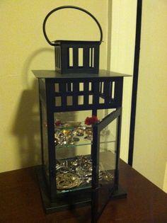 lantern jewelry display